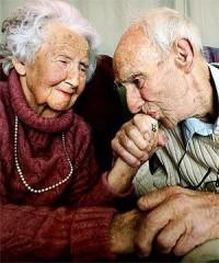 Dragostea adevărată iubeşte!