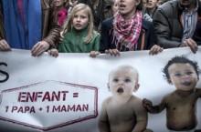 Parlamentul francez rămâne neclintit în faţa protestelor din rândul poporului