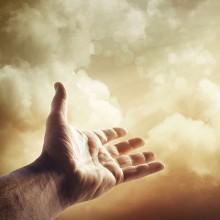 Cȃnd Dumnezeu vrea şi omul tace